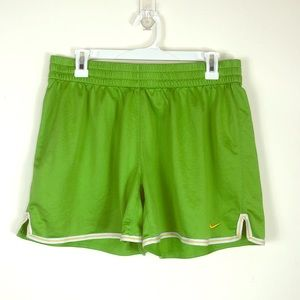 NIKE Jr's Green Live Strong Shorts Size Large